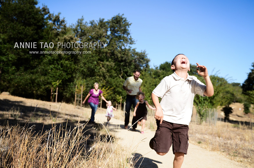East-Bay-Family-Photography-six-year-old-boy-won-race