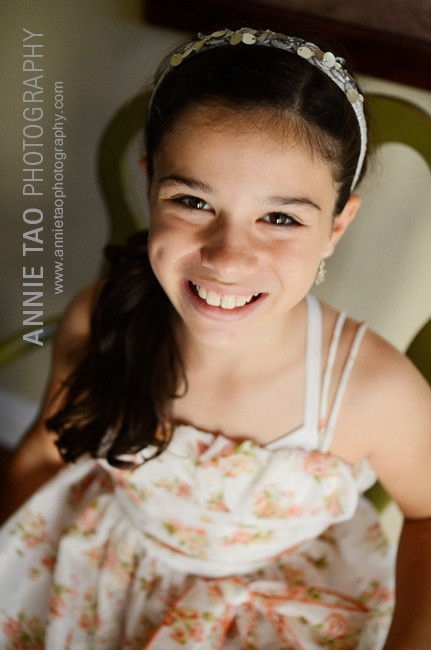 San-Francisco-Bay-Area-lifestyle-family-photography-girl-in-chair-closeup