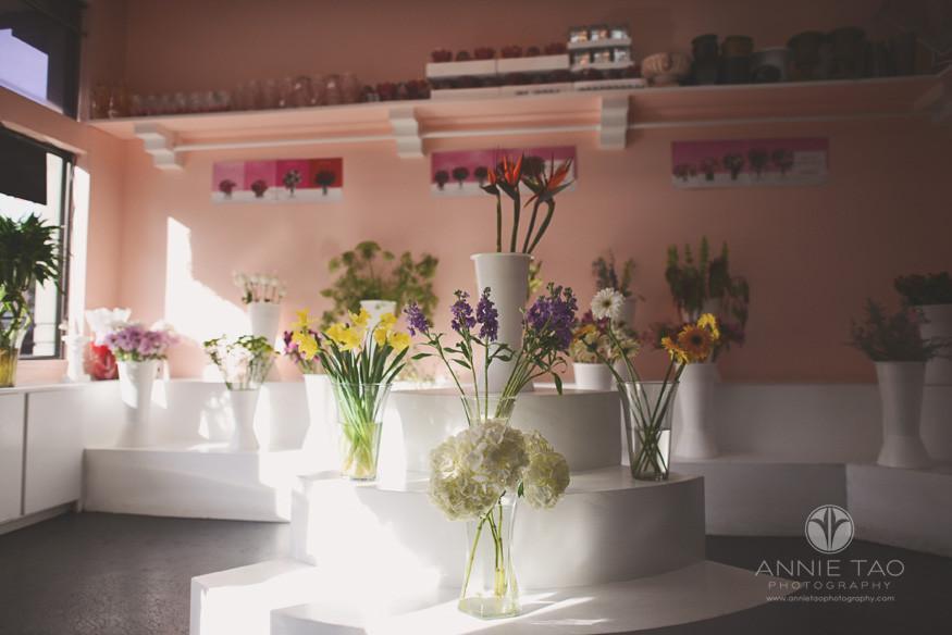 San-Francisco-lifestyle-photography-inside-a-flower-shop