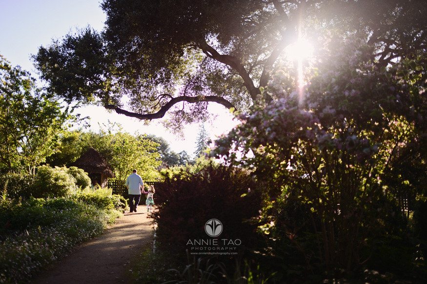 Bay-Area-lifestyle-family-photography-dad-walking-with-preschool-daughter-in-garden