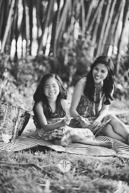 Bay-Area-lifestyle-family-photography-young-girl-cracking-up-with-mom-BxW