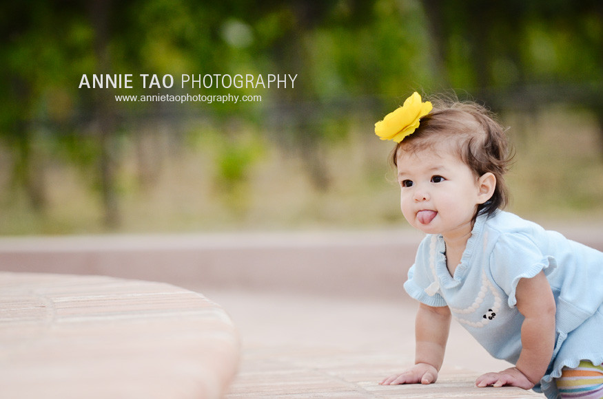 San-Francisco-East-Bay-family-photography-baby-girl-crawling-upstairs