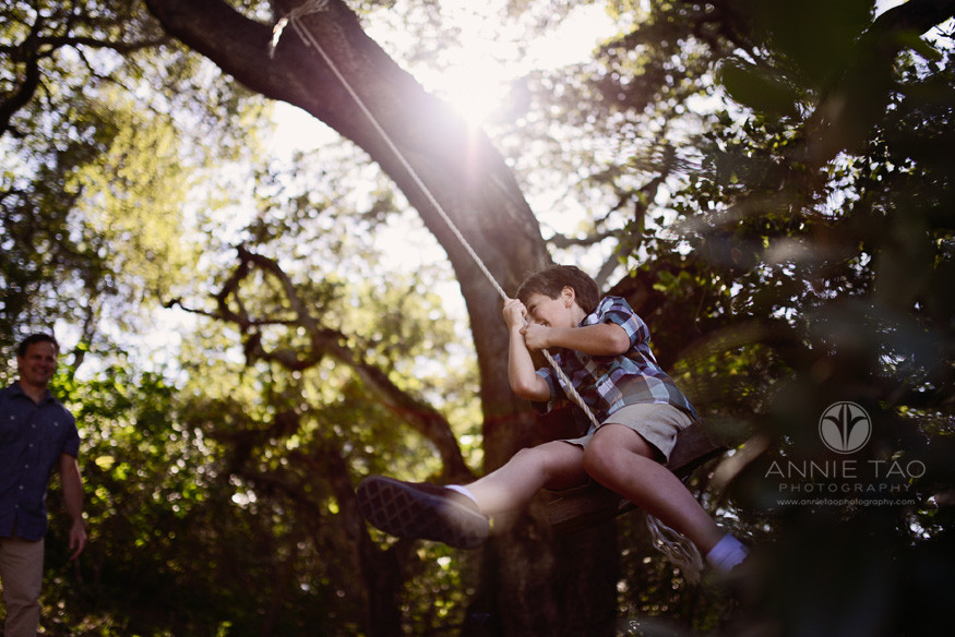 South-Bay-lifestyle-family-photography-dad-pushing-his-son-on-the-swing