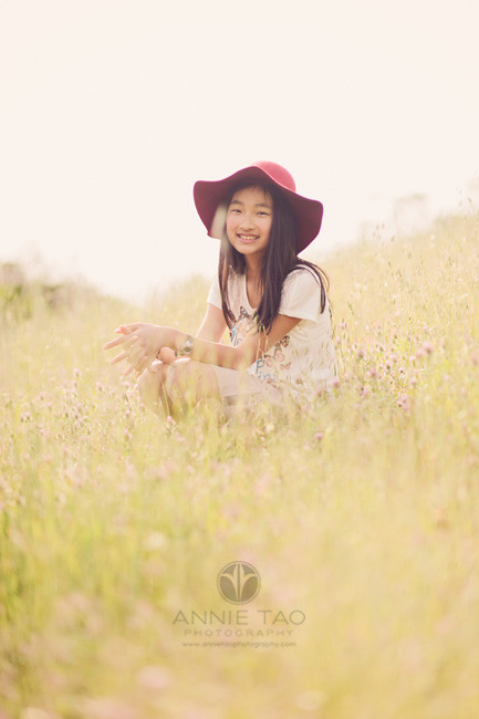 east-bay-lifestyle-children-photography-girl-smiling-with-hat