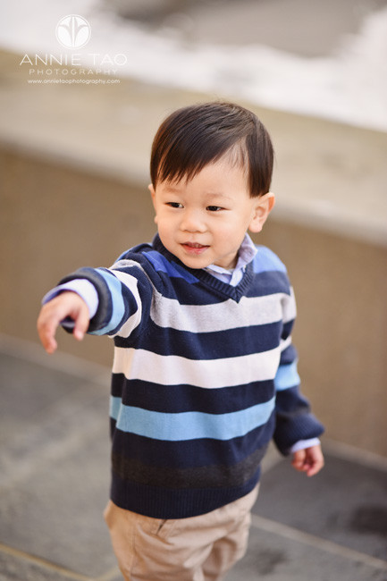 san-francisco-lifestyle-children-photography-toddler-boy-in-striped-sweater-pointing