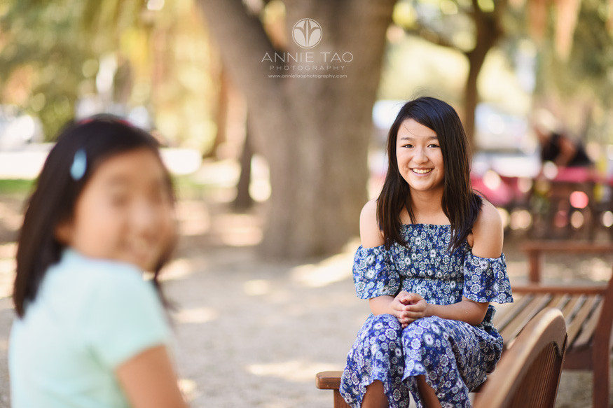 San-Francisco-Bay-Area-lifestyle-children-photography-girl-sitting-on-bench-with-sister