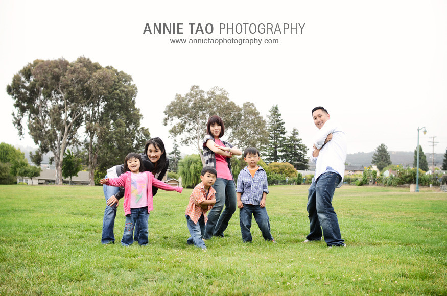 San-Mateo-lifestyle-family-photography-End-of-song-pose