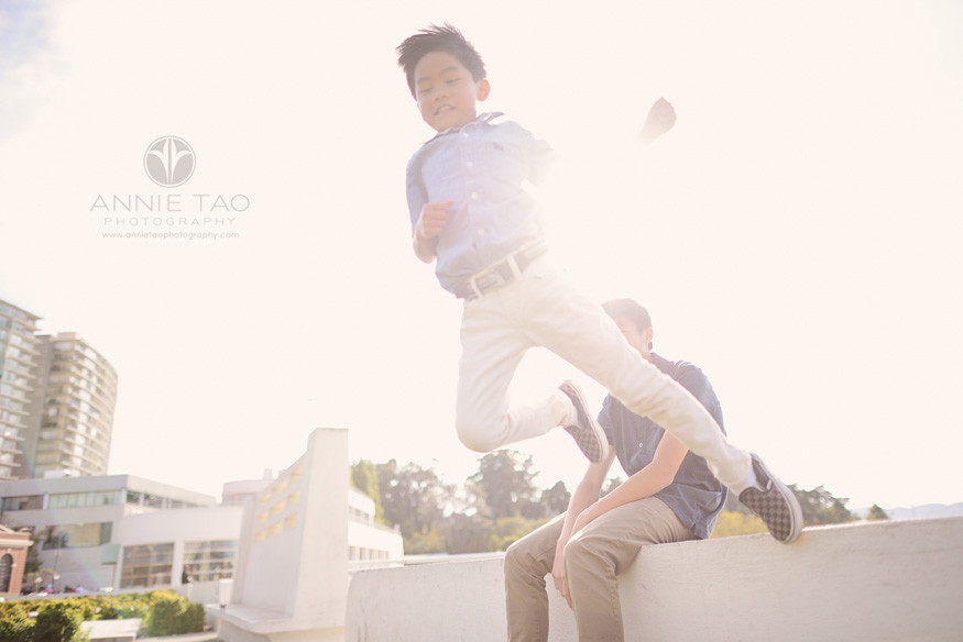 San-Francisco-lifestyle-children-photography-boy-jumping