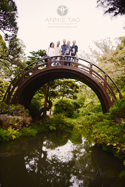 San-Francisco-lifestyle-family-photography-family-standing-on-top-of-drum-bridge-in-japanese-garden