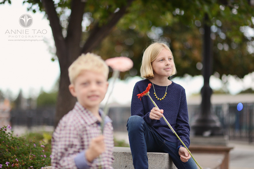 Bay-Area-lifestyle-children-photography-girl-holding-flower-behind-brother