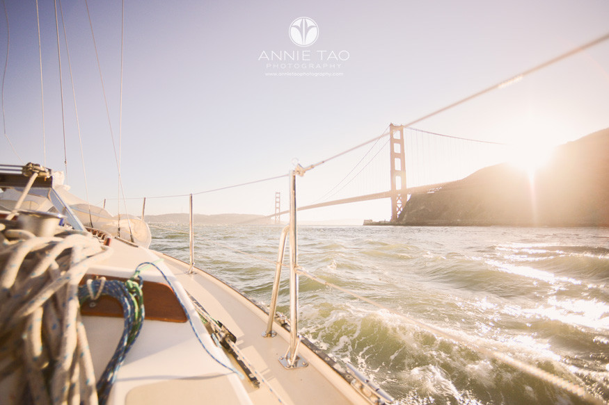 san-francisco-lifestyle-photography-view-from-sailboat-of-gate-bridge-at-sunset