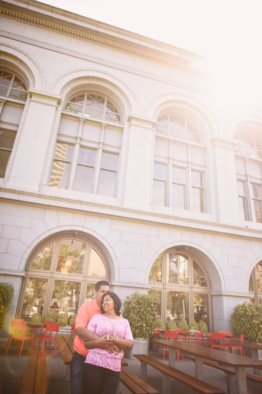 San-Francisco-lifestyle-couple-photography-couple-leaning-against-outdoor-table-sunflare-LG