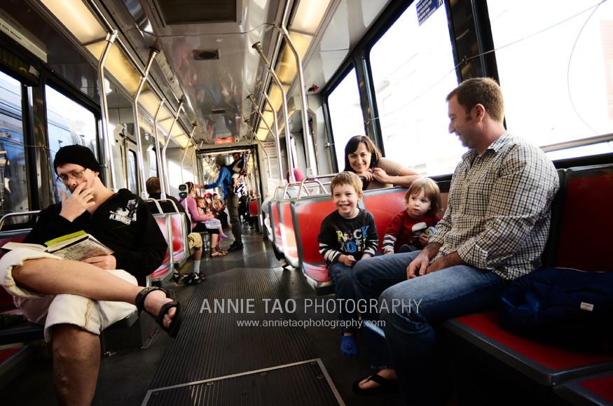 San-Francisco-urban-family-photography-family-on-the-train