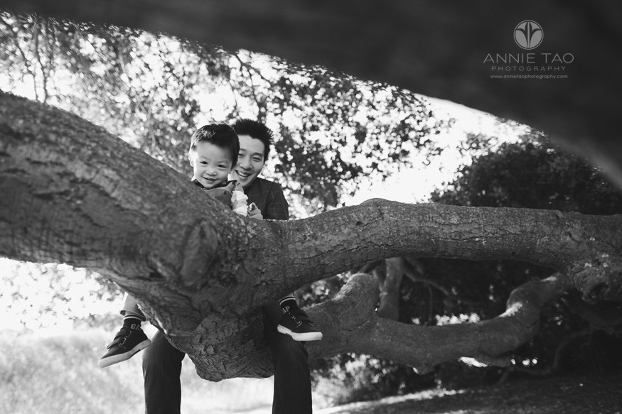 Bay-Area-lifestyle-family-photography-son-and-father-sitting-on-horizontal-tree-BxW