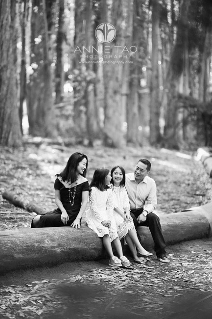 San-Francisco-lifestyle-family-photography-family-chatting-sitting-in-woods-BxW