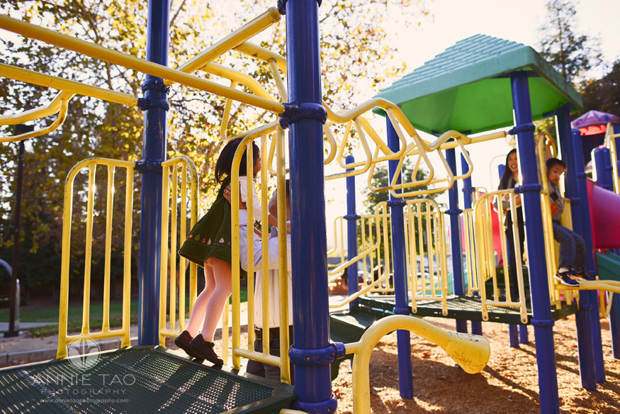 East-Bay-lifestyle-family-photography-family-on-a-play-structure
