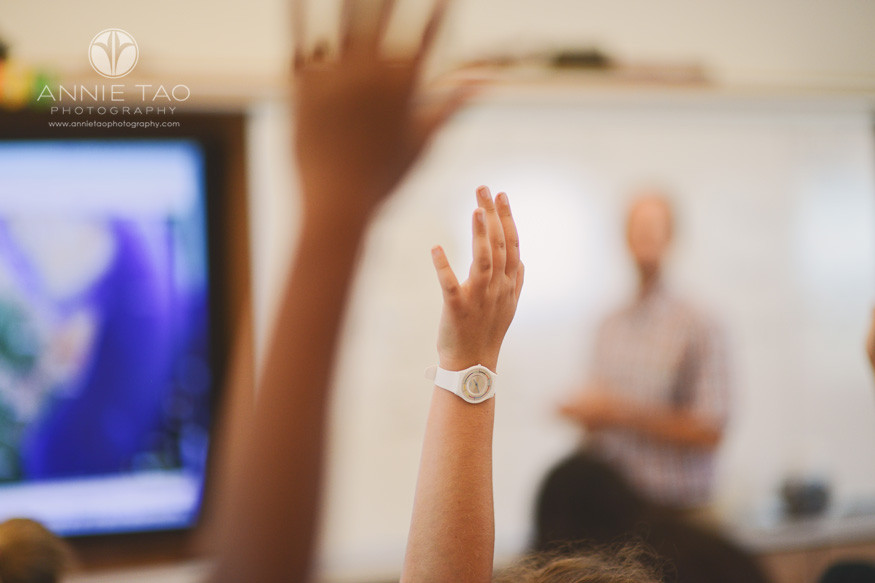 San-Francisco-Bay-Area-education-photography-classroom-with-hands-raised