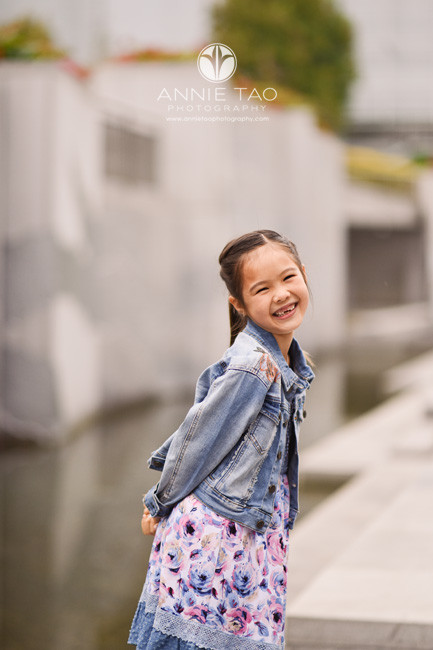 San-Francisco-lifestyle-children-photography-young-girl-with-long-ponytail-smiling-wide