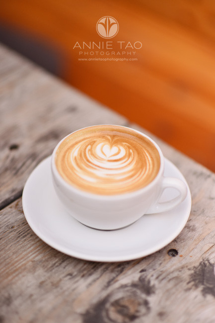 San-Francisco-lifestyle-photography-heart-design-on-coffee-foam