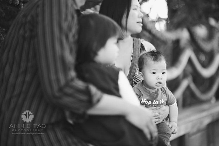 San-Francisco-lifestyle-baby-photography-baby-boy-drooling-BxW
