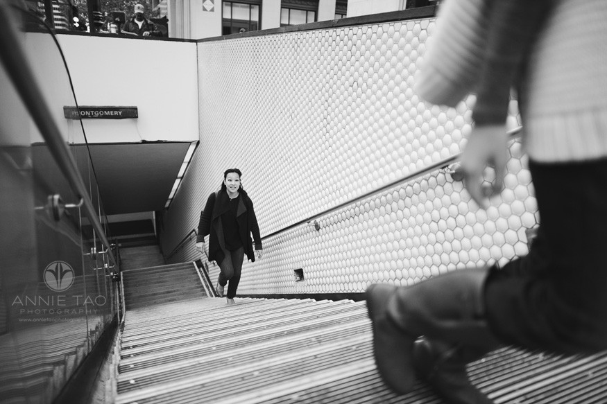 san-francisco-lifestyle-family-photography-climbing-subway-stairs-downtown-bxw