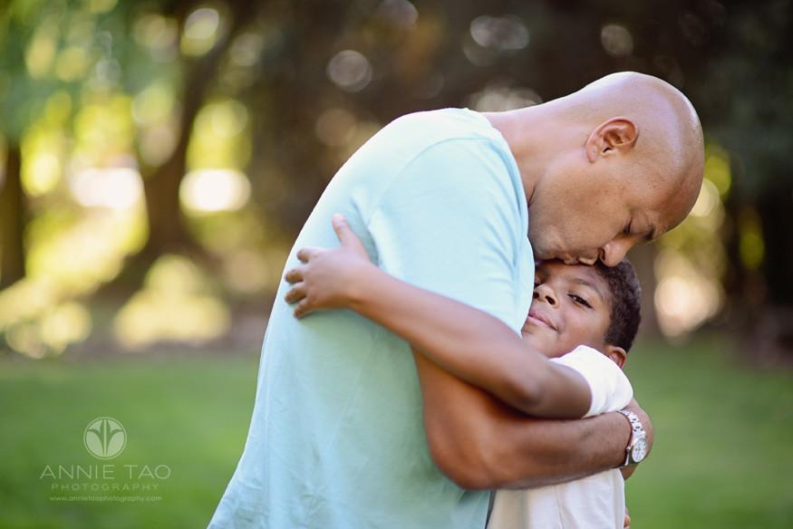 Bay-Area-lifestyle-family-photography-father-and-son-big-hug