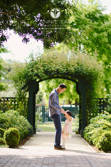 Bay-Area-lifestyle-family-photography-toddler-daughter-dancing-on-fathers-feet