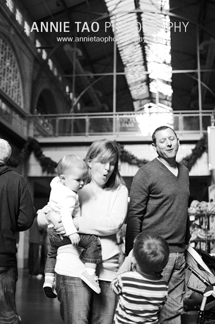 San-Francisco-Bay-Area-family-photography-family-walking-inside-Ferry-Building
