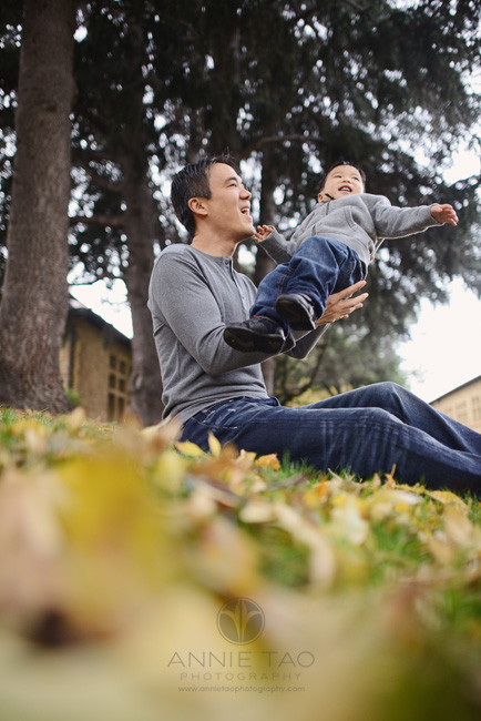 Bay-Area-Palo-Alto-lifestyle-family-photography-dad-throwing-and-catching-baby-boy-in-air