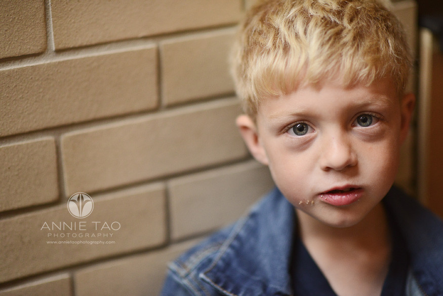San-Francisco-lifestyle-children-photography-young-boy-after-eating