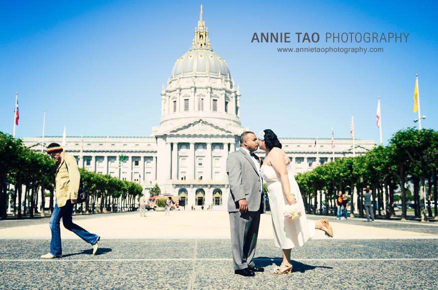 San-Francisco-Wedding-Delgado-CityHall