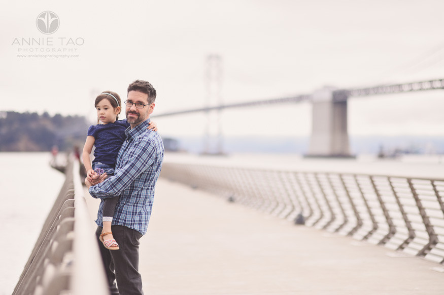 San-Francisco-lifestyle-family-photography-father-carrying-daughter-on-pier