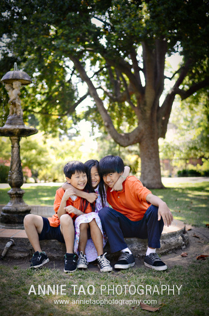 Chen-Kids-at-Fountain-1