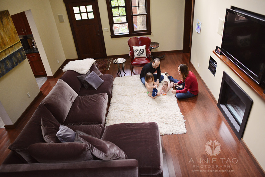 North-Bay-Marin-lifestyle-family-photography-family-hanging-out-in-livingroom