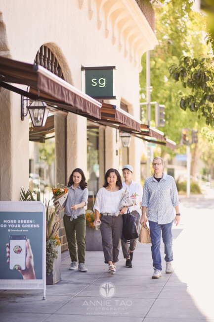 San-Francisco-Bay-Area-lifestyle-family-photography-teens-walking-with-parents-downtown