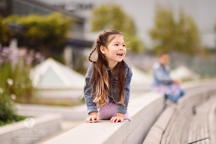 San-Francisco-lifestyle-children-photography-preschooler-girl-crawling-on-cement-wall