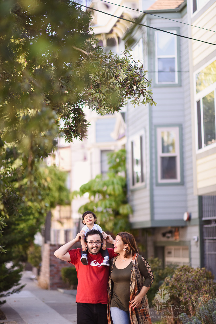 San-Francisco-commercial-photography-City-College-student-walking-with-her-family-LG