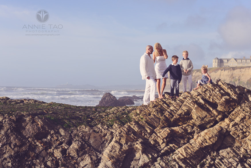 Bay-Area-Half-Moon-Bay-lifestyle-family-photography-family-standing-on-giant-rock-formation