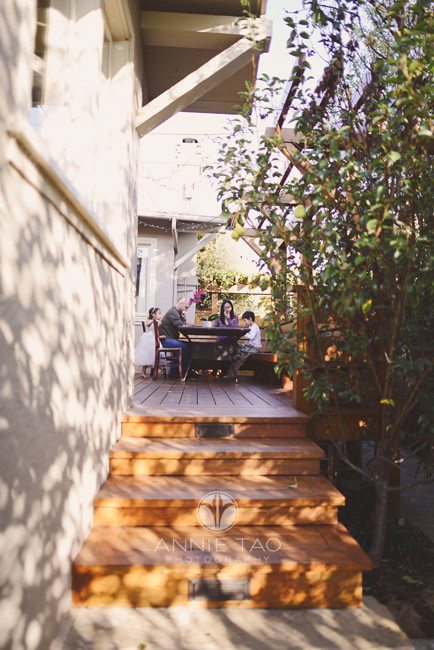 East-Bay-lifestyle-family-photography-playing-games-in-backyard-deck