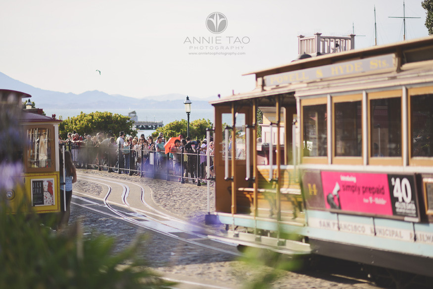 San-Francisco-lifestyle-photography-cable-car-turnaround
