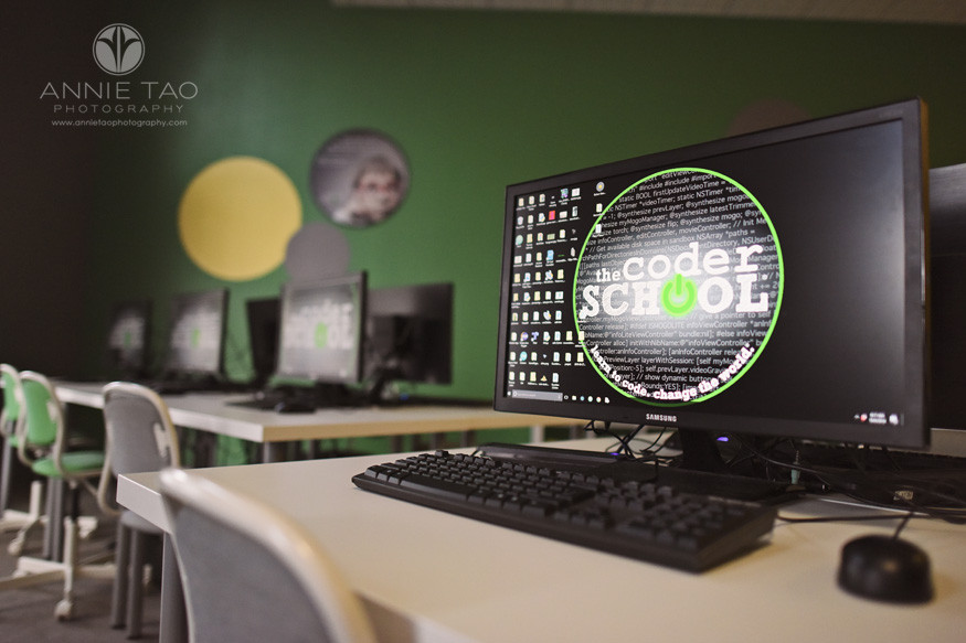 South-Bay-commercial-photography-the-coder-school-interior-tableview