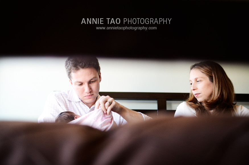 San-Francisco-newborn-photography-family-in-bed