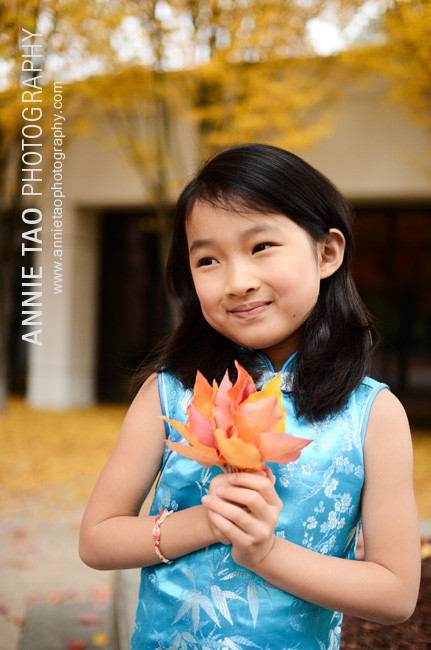 San-Francisco-Bay-Area-child-model-photography-holding-leaves-down