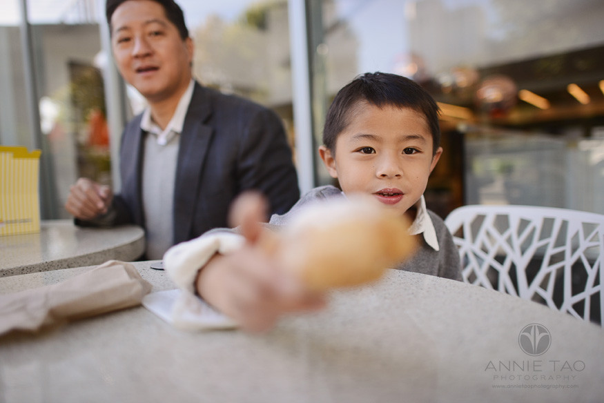 San-Francisco-lifestyle-family-photography-boy-showing-his-pastry