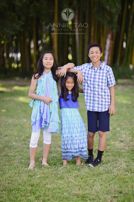 Bay-Area-lifestyle-children-photography-three-siblings-standing-silly-1