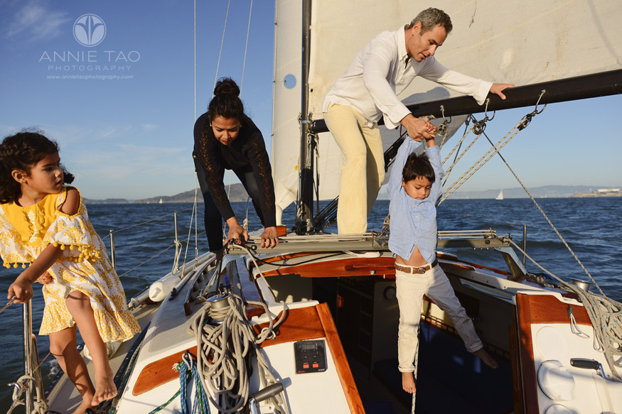 san-francisco-lifestyle-family-photography-family-climbing-off-top-of-sailboat