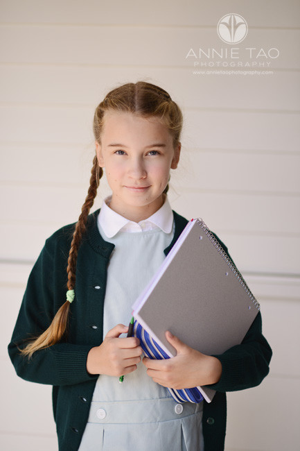 San-Francisco-Bay-Area-education-photography-middle-school-girl-walking-to-class