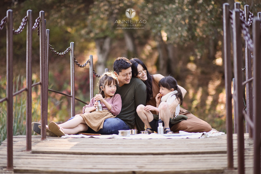 Bay-Area-lifestyle-family-photography-sitting-on-bridge-for-picnic