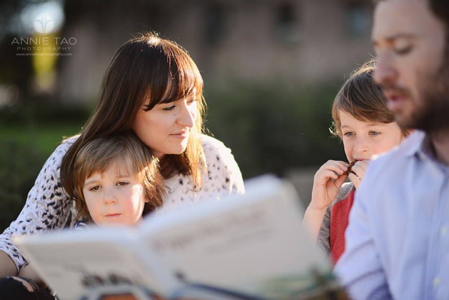 Bay-Area-styled-family-photography-mom-looking-at-son-while-sons-look-at-book