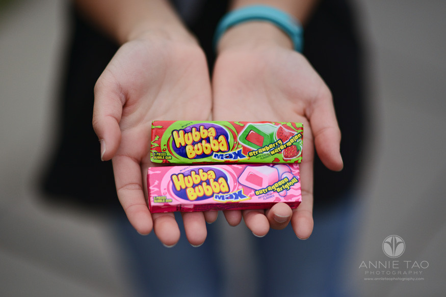 San-Francisco-lifestyle-photography-girl-holding-two-packs-of-bubblegum